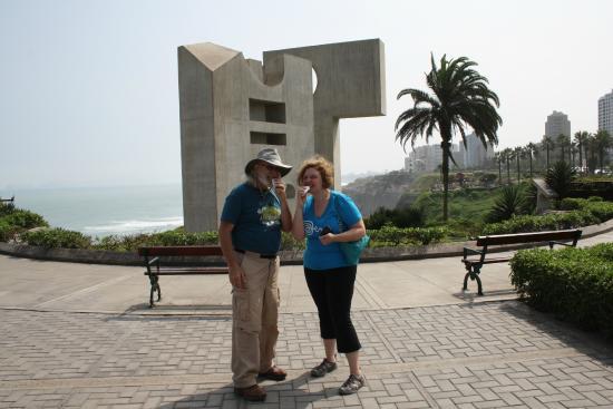 Miraflores Suites in Lima Peru : Eating Churros