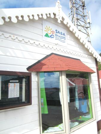 Saba Divers: Dive Shop from outside