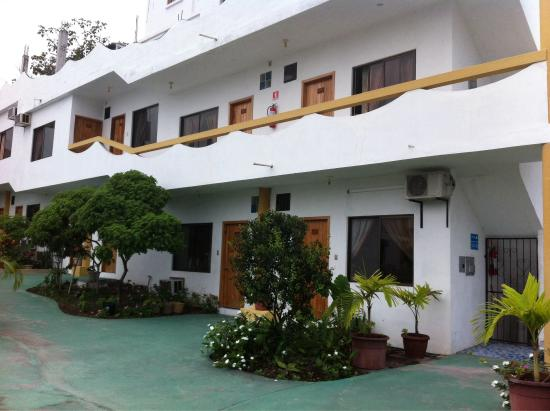 Hotel Pelican Bay: Linda infraestructura en pleno corazón de puerto ayora!!!