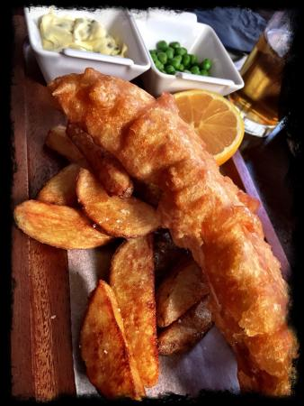 The Corriegarth: Delicious fish and chips