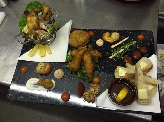seafood  platter at the cricket inn