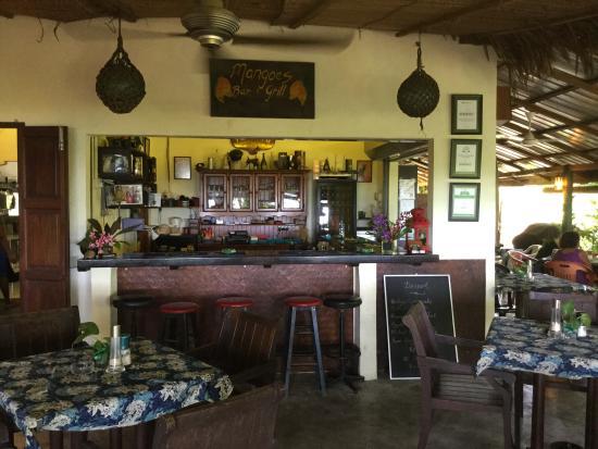 Mangoes: Bar and Grill