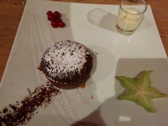 Le Rendez-vous: Chocolate fondant - delicious!