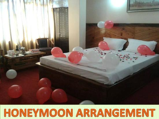 Hotel White Yak Honeymoon Arrangment