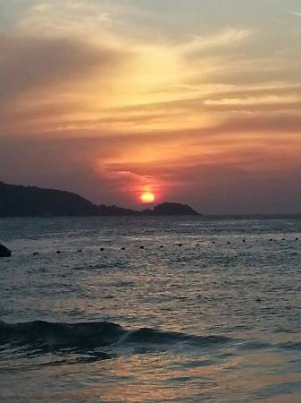 Kris Hotel and Spa : Пляж патонг, закат