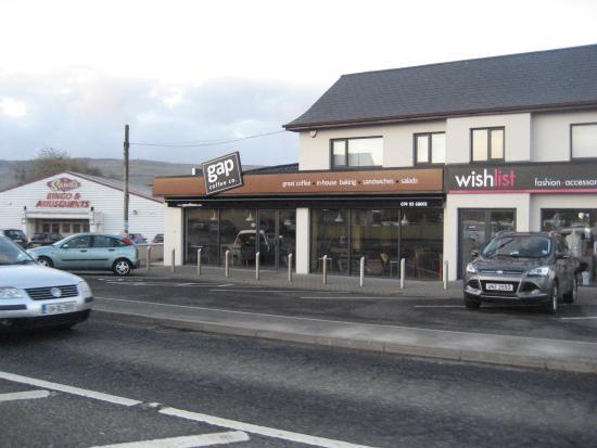 Bridgend, Irlandia: Shop front