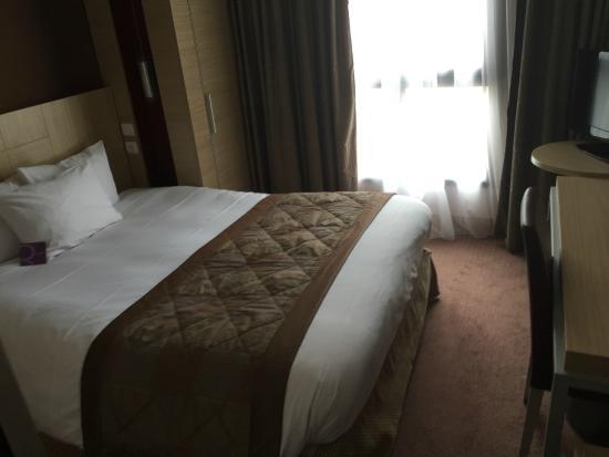 Mercure Paris Gobelins Place d'Italie: Hotel room