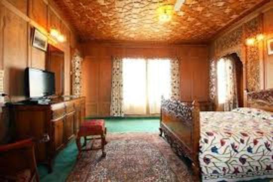 Dastan Houseboat: Dastan Luxury class group of housbeoats