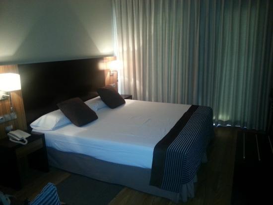 Hotel Conilsol : Cama doble