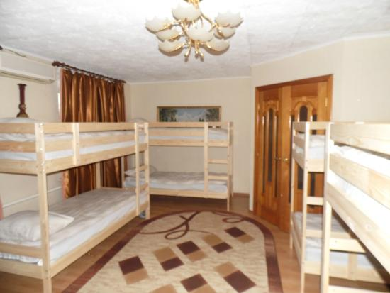 Yut Hostel