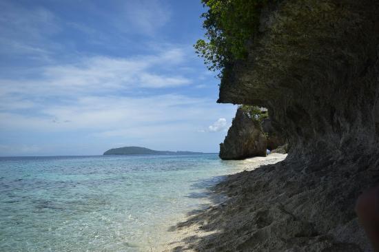 Tangkaan Beach: Simply beautiful
