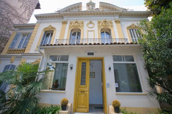 Hotel Belle Meuniere: façade