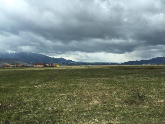 Pensiunea Elena: The area around Zarnesti