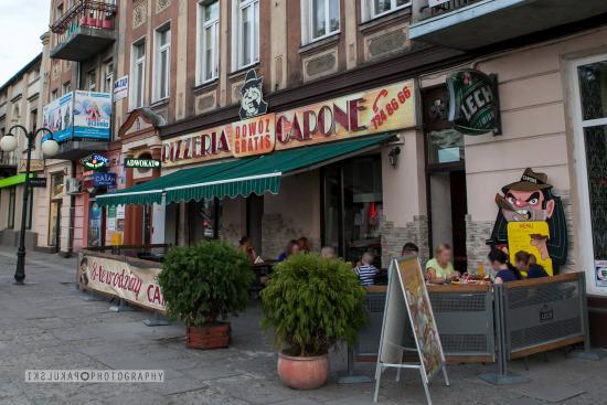 Pizzeria Capone