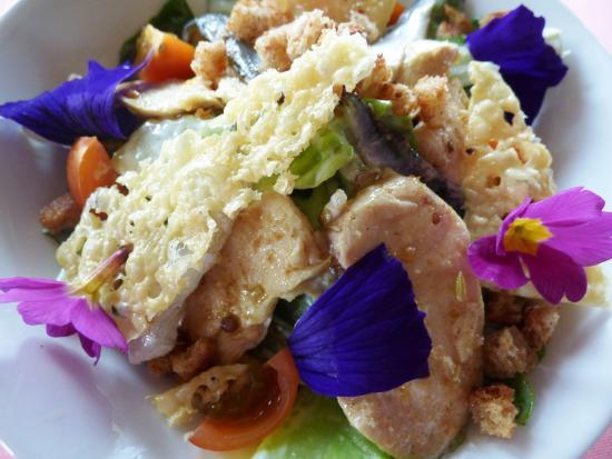 Hotel de la Verniaz et ses Chalets : Salade Caesar façon La Verniaz