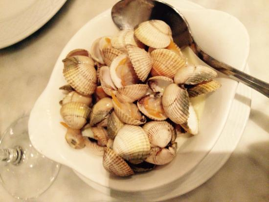 La Cagouille : 貝の白ワインバターソテー