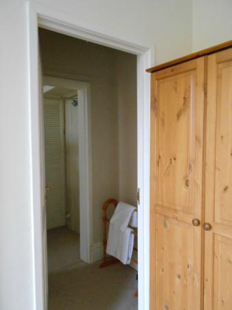 The Cavendish: Door from room 6 into room 5 box bedroom