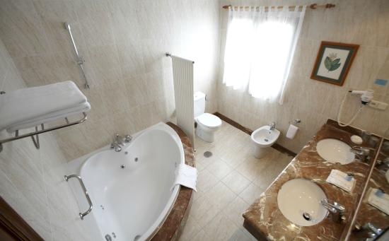 Hotel Bosque-mar: baño doble superior