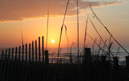 Vancouver Motel: A Myrtle Beach sunrise, view from the Motel