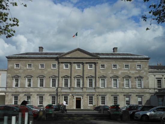 Dublino la leinster house sede del parlamento fotograf a for Sede del parlamento