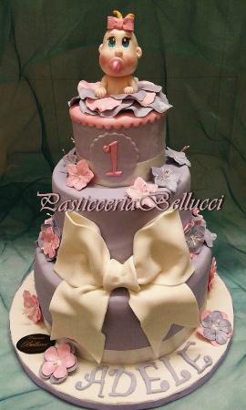 Torta di Compleanno Pasta di Zucchero Bimba di 1 Anno   Picture of