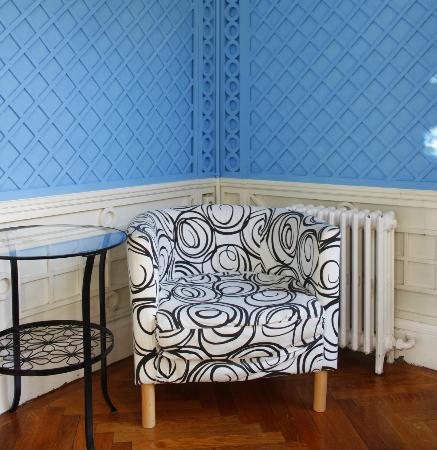 Hostel Duo: Resting room