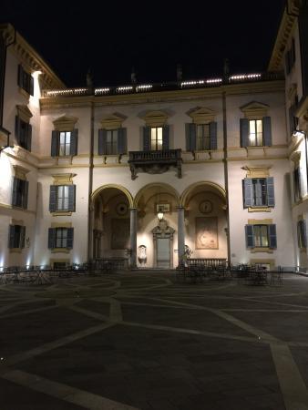 Hotel Villa San Carlo Borromeo: Красивое, уютное, очень атмосферное место. Тихо и не многолюдно. Очень гостеприимный персонал. Ч