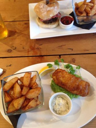 Shobdon, UK: Dinner at the bateman