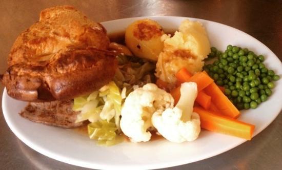 Corky's Penny Farthing Benidorm: Sunday roast at Penny Farthing.............