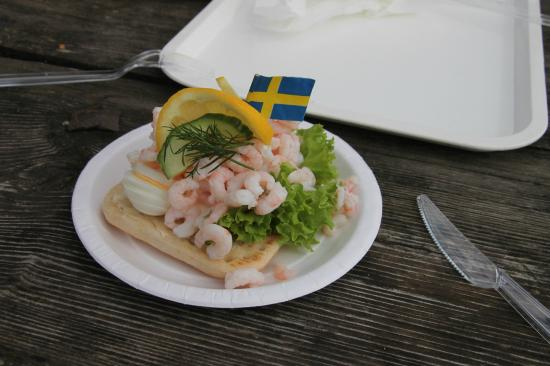 Buhres pa Kivik : crabs with a swedish touch - yummy