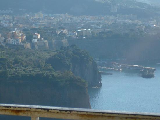 Casa Susy : Vista da cidade de Sorrento