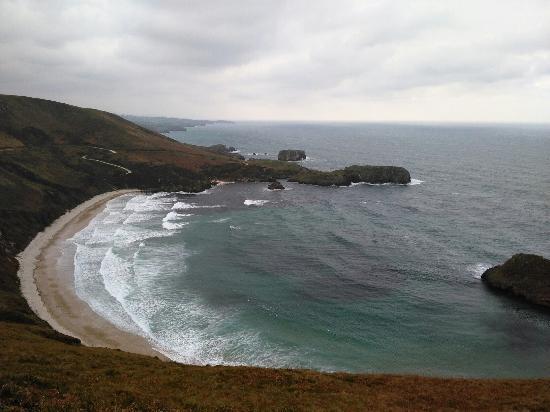 Playa Torimbia - Picture of Playa de Torimbia, Nueva de Llanes - TripAdvisor