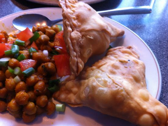 The Hideaway Cafe: Samosa