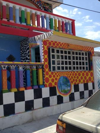 Crayola House: This is taken when it is shady on the house- I bet it is brilliant when the sun hits it.