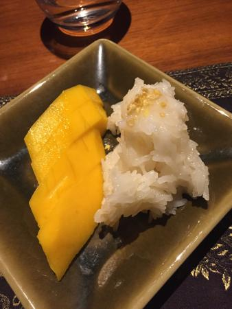 Isaan Thai Restaurant : Try the mango sticky rice