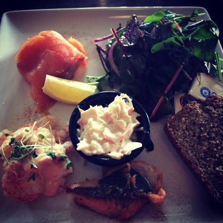 Fota Island Golf Club: Seafood platter. Great mix of tastes. Not too heavy.
