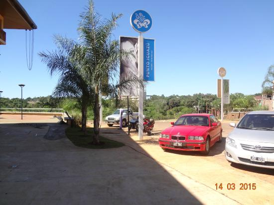 Punto Iguazu Shopping: Punto Iguazu Open Mall