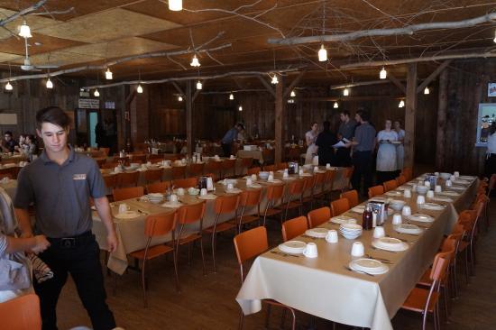 Salle manger picture of erabliere au sous bois mont for Restaurant saint gregoire