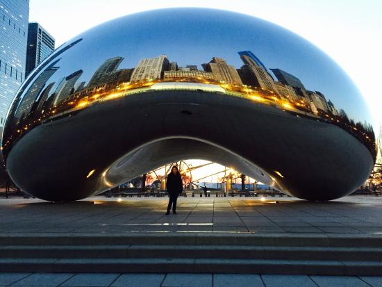 Cloud Gate: Amazing sunrise