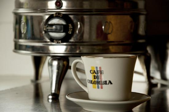 Saman Hostel Medellin: Colombian Coffee