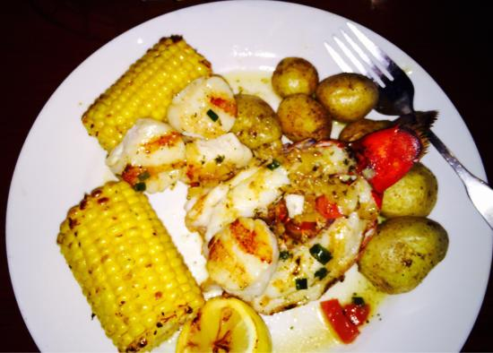 Red Lobster: Lobster and scallops my fav!!!!!