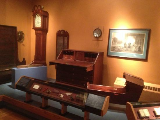 Morristown National Park - interesting desk in museum