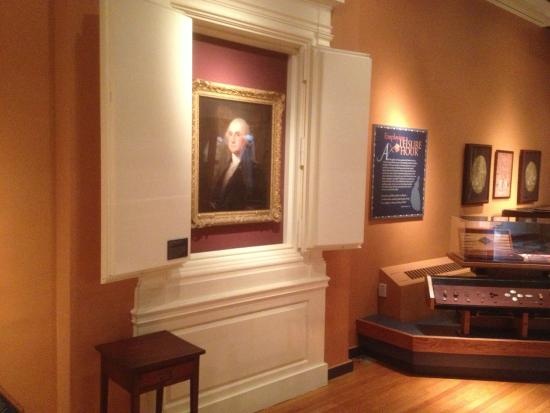 Morristown National Park - portrait of Washington in Washington Museum