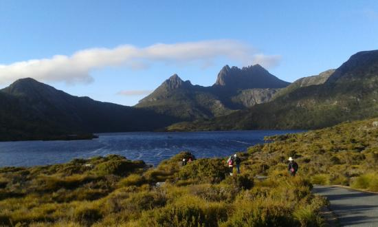 Tasmanian Wilderness Experiences - Base Camp Tasmania: Cradle Mountain (just like the postcards)