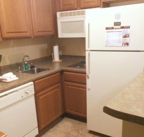 Staybridge Suites Las Cruces : Kitchen Area