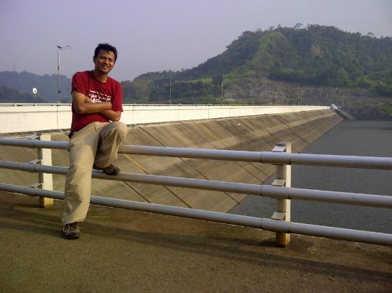 Purwakarta, Indonesia: Beside Dam Cirata