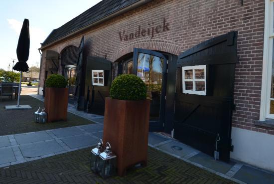 Van Dijck Riethoven.Ingang Foto Van Restaurant Vandeijck Riethoven Tripadvisor