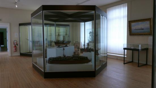Musée National de la Marine : vue d'ensemble d'une des pièces