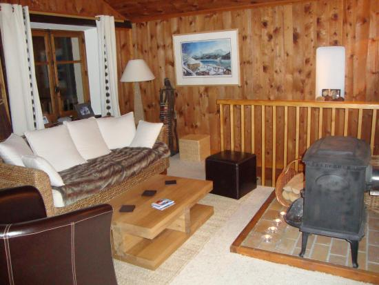 Chalet L'Eperviere: the living room