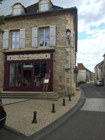 L'Auberge du Vieux Pressoir: Exterior